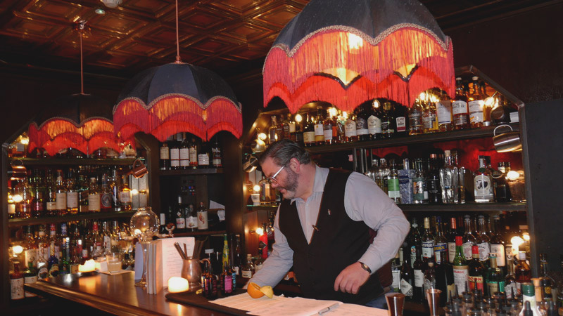 Summer Party Blog Anniversary - Blind Pig bartender - Life in Dublin